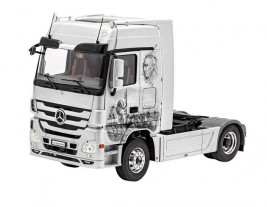 1:24 Mercedes-Benz Actros MP3