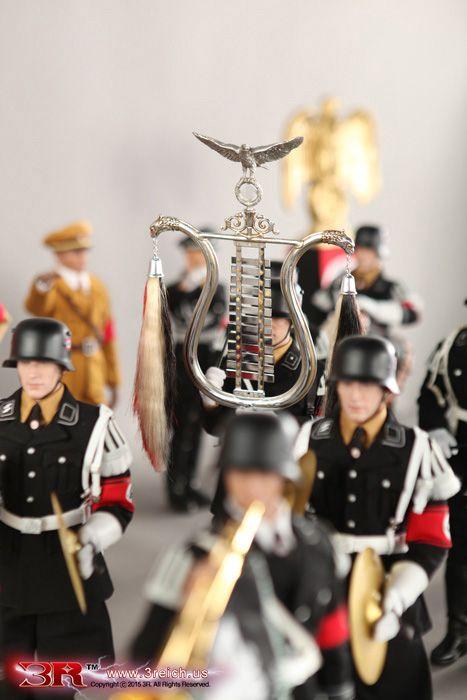 1 6 Jarman Musikkorps der SS Volume 4 Glockenspiel& Tambourmajor