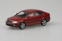1:43 Škoda Octavia (2004) – Flamenco Red Metallic