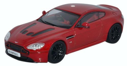 View Product - 1:43 Aston Martin V12 Vantage S Volcano Red
