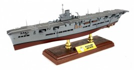1:700 British Aircraft Carrier HMS Ark Royal