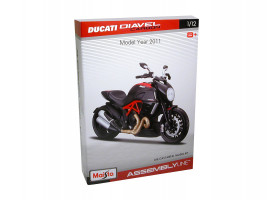 1:12 Ducati Diavel Carbon 2011 (Assembly Line)