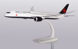 1:200 Boeing 787-9, Air Canada, 2017s Colors (Snap-Fit)