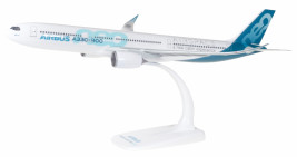 1:200 Airbus A330-900neo, House Colors (Snap-Fit)