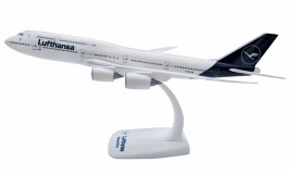 1:250 Boeing 747-830, Lufthansa, 2018 Colors (Snap Fit)