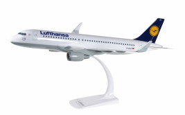 1:100 Airbus A320-214, Lufthansa w/ Sharklets, 1990s Colors (Snap Fit)
