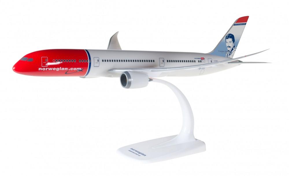 1:200 Boeing 787-9, Norwegainm, Freddie Mercury (Snap-Fit)